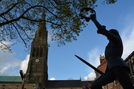 Richard III Statue outside Leicester Cathedral